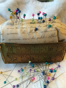 Eileen Hull loaf pan;pincushion