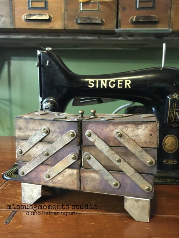 EH sewing box